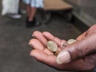 Assisi, nigeriano in cerca di elemosina minaccia fedeli: arrestato