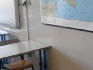 Acido e creolina a scuola, bloccati in tre nel napoletano
