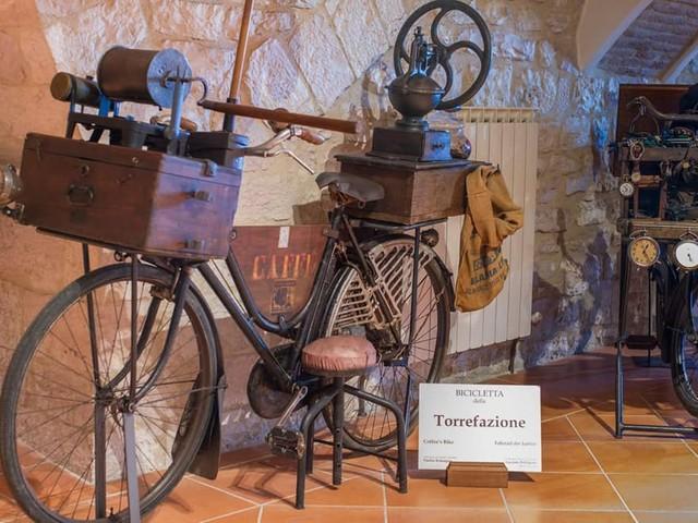 A Gubbio il 'Museo dei mestieri in bicicletta'