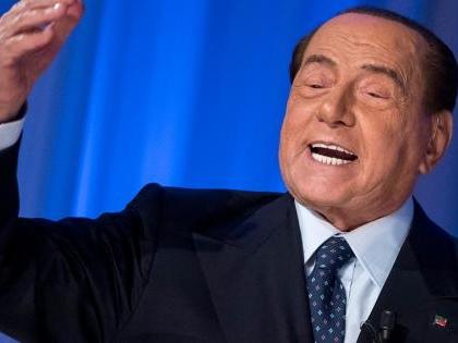 La furia di Berlusconi verso i malpancisti. Chi va in altri partiti è un co...