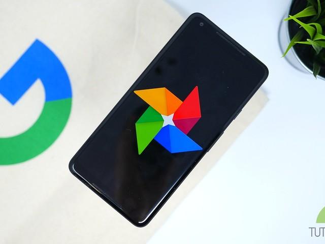 Google Foto cambia completamente aspetto con una nuova UI in fase di roll out