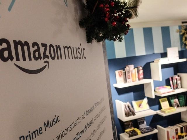 Milano, 500 metri quadri organizzati come una casa: ecco il primo negozio Amazon