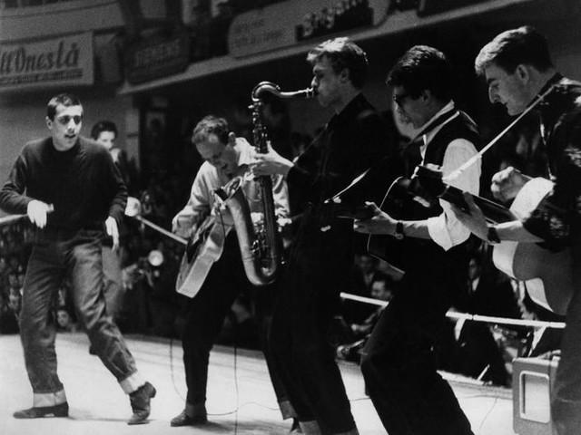 Musica in Mostra: esposte a Milano cinquanta immagini dell'industria musicale in Italia dal 1950 al 1970, tratte dall'archivio di Musica e Dischi