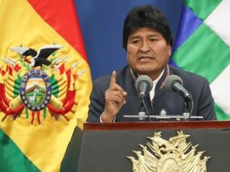 Bolivia, riuscito il golpe del litio: Evo Morales fugge in Messico e riceve asilo politico
