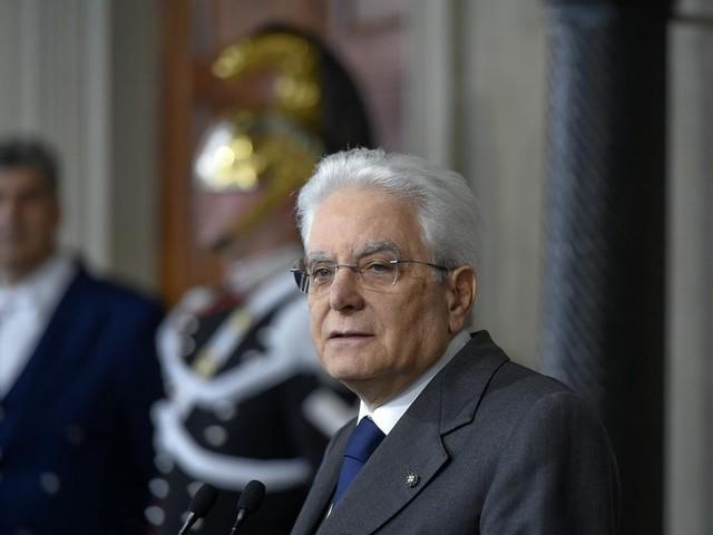 Sicurezza, Mattarella firma ma rileva criticità