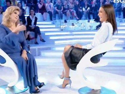 """Verissimo, Iva Zanicchi sconvolge in diretta Silvia Toffanin: """"Cos'è diventata la mia farfallina..."""""""