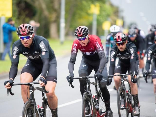 """Ciclismo, Chris Froome: """"Percorso del Tour spietato, sarà battaglia. Il recupero procede bene"""""""