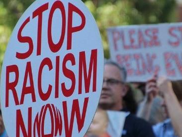 Manifestazione antirazzista, a Roma per spiegare cosa significa inclusione