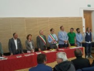 Basciano sigla il gemellaggio con la cittadina laziale di Bassiano