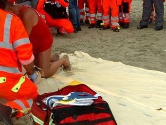 Metaponto, mamma 26enne muore annegata davanti alla figlioletta di 6 anni