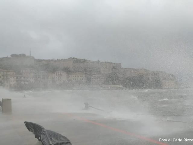 La nuova normalità: Isole nella tempesta climatica