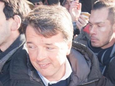 """Elezioni, Renzi: """"Mai con Berlusconi. Grasso e Boldrini sono come Fini. Di Maio? L'incarico non lo dà il Sacro Blog"""""""