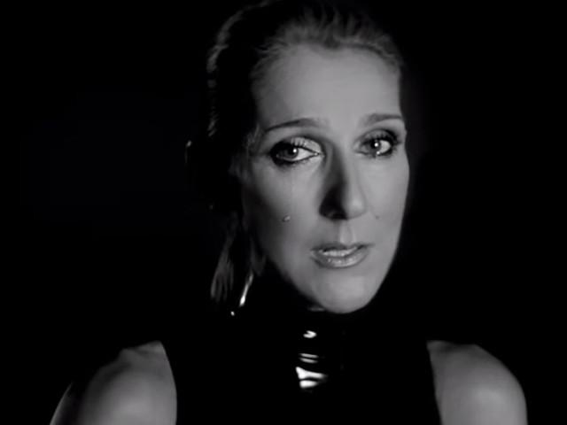 """Celine Dion / Morta la madre Teresa: """"Ha aspettato che fossimo insieme prima di..."""""""