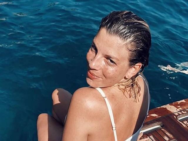 """Emma Marrone infangata, Laura Pausini interviene: """"Vergogna"""""""