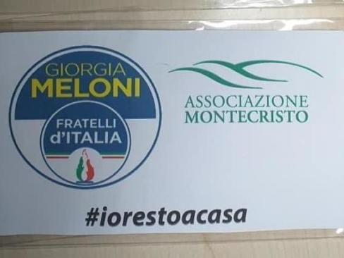 Fratelli d'Italia e le mascherine con il logo del partito. Poi chiede scusa per la strumentalizzazione politica