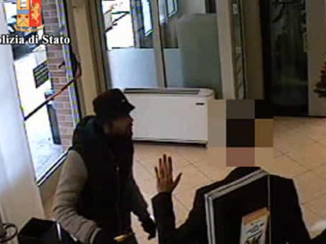 Disoccupato rapina una banca, fugge con 10mila euro ma viene fermato