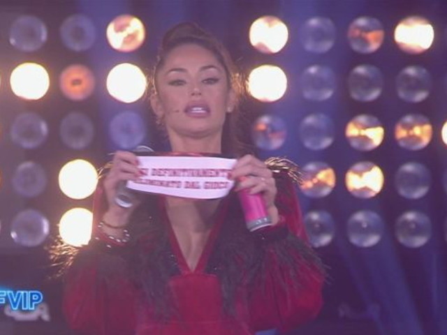 """Grande Fratello Vip 6"": Raffaella eliminata, in nomination Carmen, Ainett e Soleil"