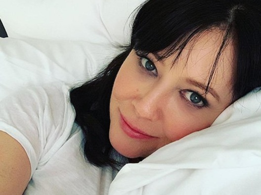 "Shannen Doherty arriva sul set di ""Beverly Hills 90210"""