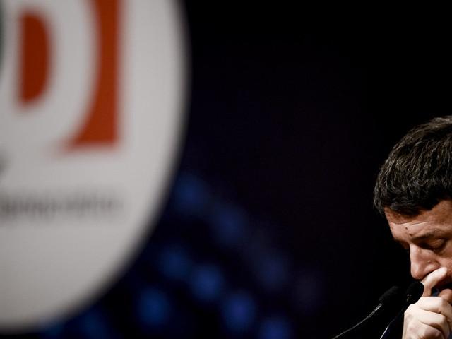 """Il collegio fa paura. Renzi in pressing sui ministri: non scelgano solo il proporzionale. Niente Parlamento a chi non ha versato """"le tasse"""" al partito"""