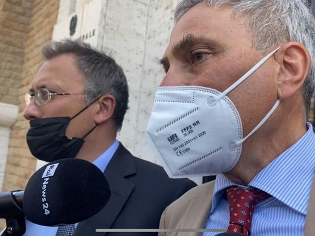 """Csm e caso Amara, Storari interrogato a Roma: """"Verbali dati a persona autorizzata"""". Morra: """"Davigo mi mostrò le carte sulle scale"""""""