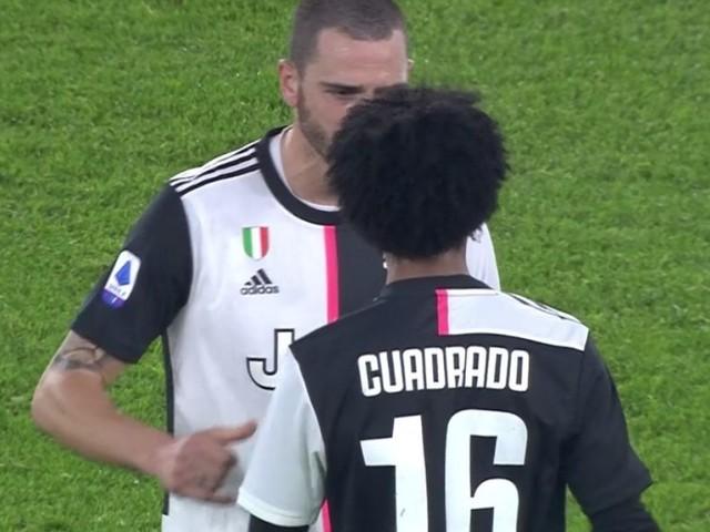 Lazio-Juve, Cuadrado espulso dopo consulto al VAR: il colombiano è furioso!
