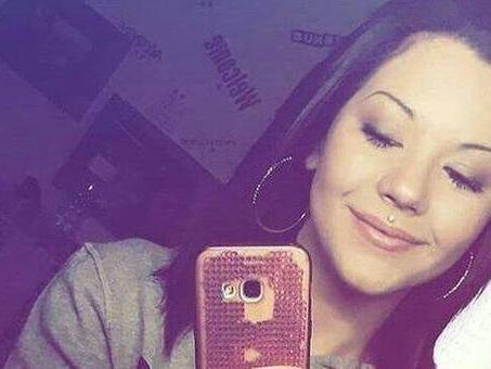 Morta a 19 anni in discoteca per mix alcol e droga: tre indagati, ma è caccia allo spacciatore