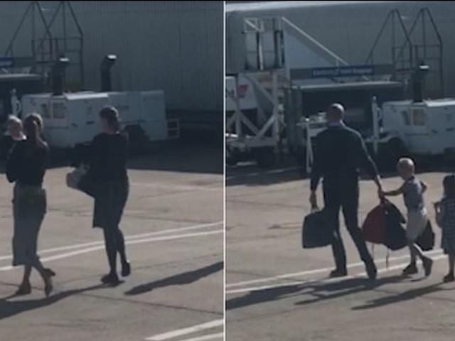 """William e famiglia """"umiliano"""" Harry e Meghan prendendo un volo da 70 sterline invece di un jet privato"""