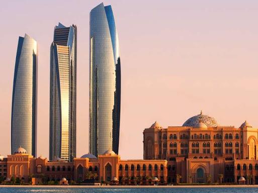 ABU DHABI: LA CAPITALE DEGLI EMIRATI ARABI UNITI