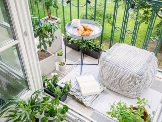 Arredo: cinque idee per rinnovare il balcone senza spendere troppo