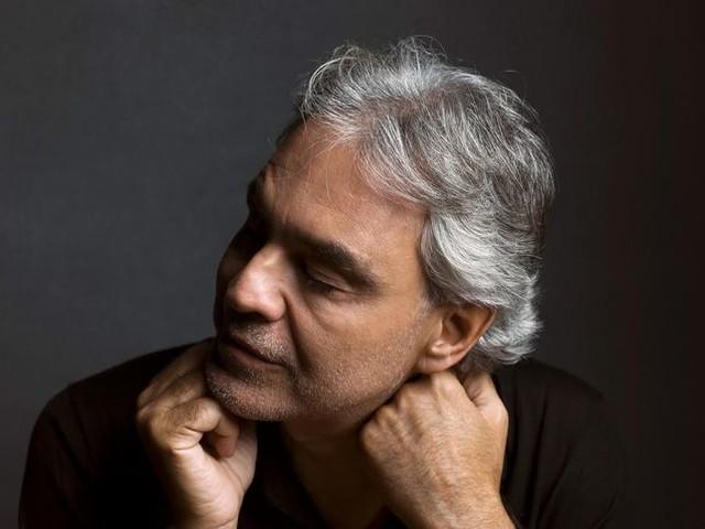 Andrea Bocelli: il nuovo singolo con il figlio Matteo si intitola 'Fall On Me'