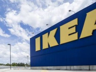 """Ikea """"copia Zalando: un mega negozio online contro il calo degli utili"""