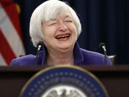 Usa, la Fed alza i tassi. Yellen saluta e lascia la guida a Powel