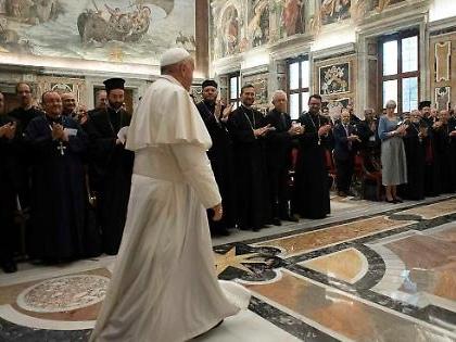 """Vaticano, da Papa Francesco in giù tutti per Giuseppe Conte: """"La linea del Piave"""""""
