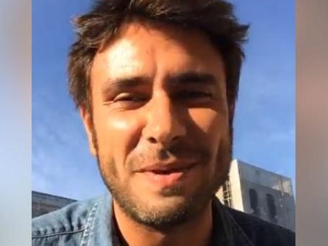 """Di Battista si commuove in diretta: """"Sto per diventare papà per questo non sono a Rimini"""""""