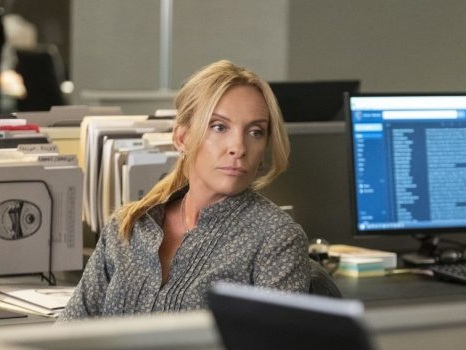 Unbelievable su Netflix dal 13 settembre, cast e personaggi della serie ispirata a veri casi di stupro