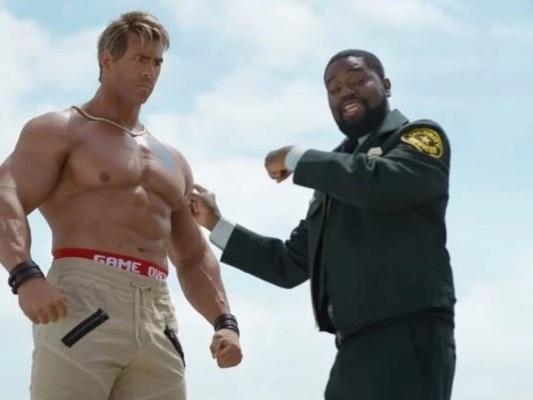 Free Guy: Ryan Reynolds svela in un esilarante video la sua trasformazione fisica