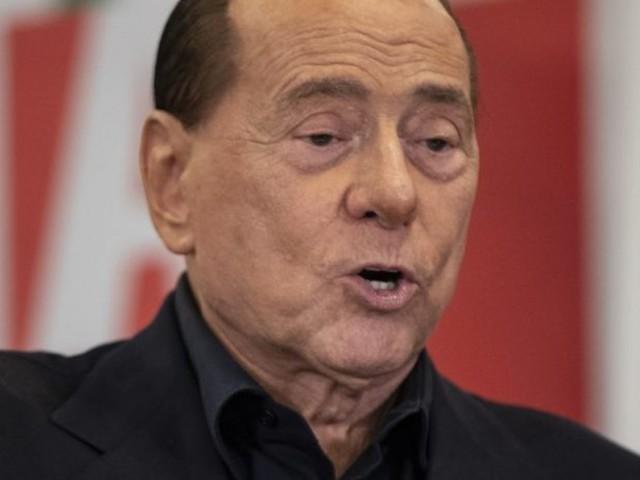 """FI, Berlusconi a Carfagna: """"Chi va via è un cogl… Caldoro prossimo candidato in Campania"""""""