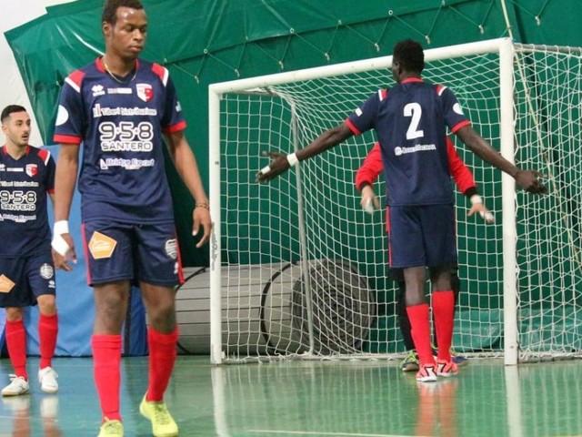 Calcio a 5, il Borgorosso Tolentino soffre ma ottiene la vittoria contro il Villa Musone