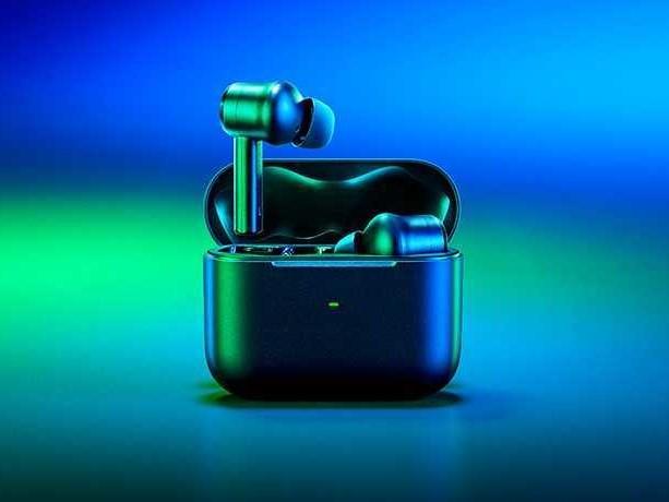 Arriva Razer Hammerhead True Wireless Pro, le cuffie TWS per il gaming