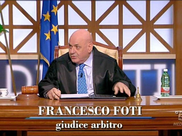 Il giudice Francesco Foti tornerà a Forum dopo un lutto e un problema di salute: le sue parole | video