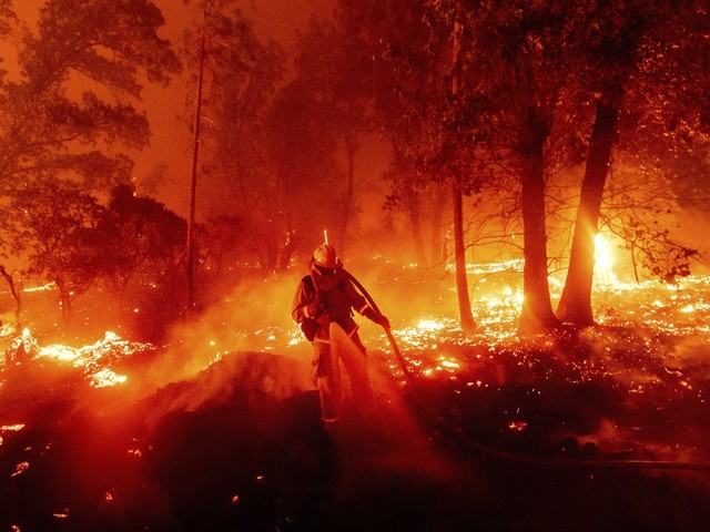 California: Paradiso in fiamme di Ron Howard in onda stasera su National Geographic
