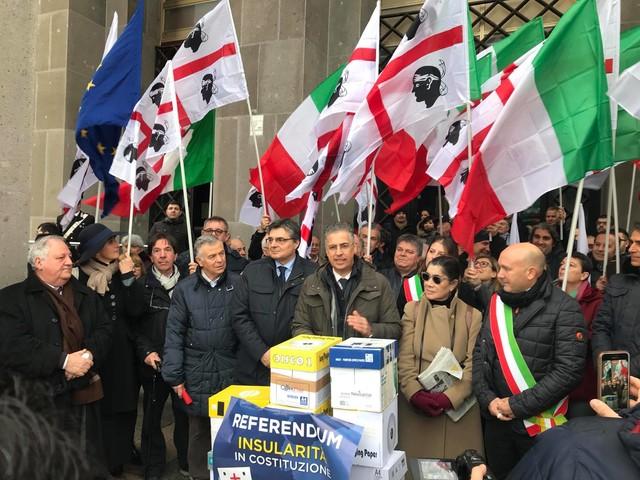 La Sardegna unita si prepara all'insularità