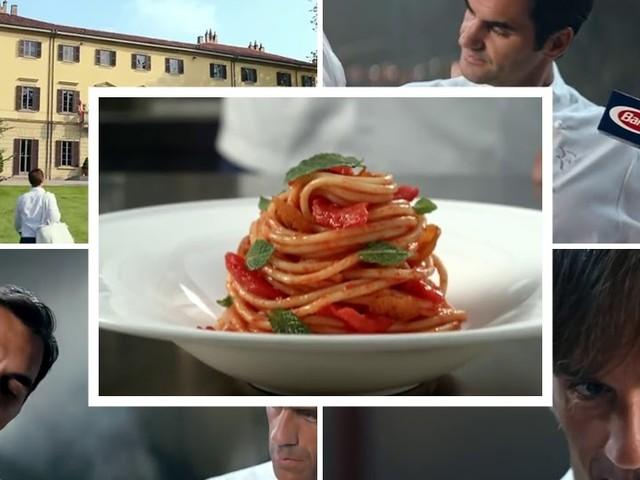 Pubblicità pasta Barilla con Roger Federer apprendista cuoco e musica greca