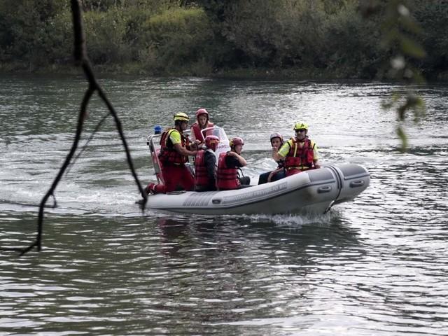 Lago di Iseo, annegano due fratelli di 17 e 18 anni: morti in ospedale