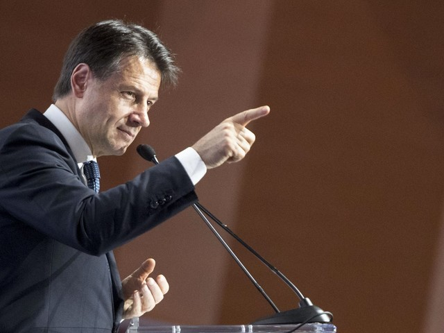 """Ilva, Conte: """"Rappresento un Paese G7 dove si viene per rispettare le regole. Lo ricorderò a Mittal"""""""