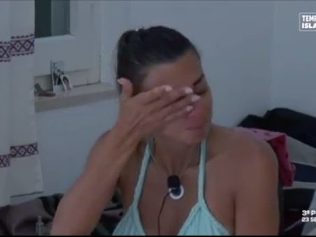 Anticipazioni Temptation Island 2019: Serena Enardu in lacrime, Anna Pettinelli vuole falò immediato