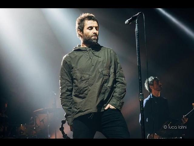 Nel nuovo album di Liam Gallagher ci sarà anche suo figlio Gene: guarda