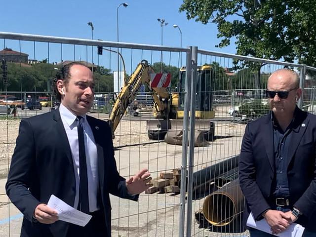 Filobus, Sboarina ci ripensa. Croce: «Il sindaco ha buttato 6 milioni di euro»