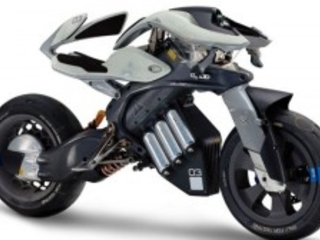 Yamaha rivela un concept selvaggio di moto elettrica