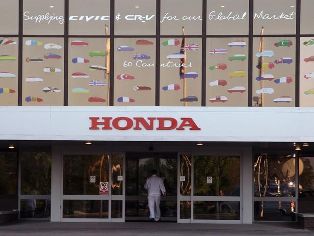 Honda lancia Kurumask, la mascherina per auto